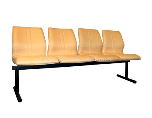 FOUR SEATER LINK CHAIR PADDED C/W EPOXY BLACK METAL BASE LC11-1