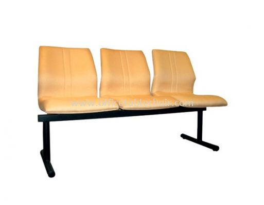 THREE SEATER LINK CHAIR PADDED C/W EPOXY BLACK METAL BASE LC11