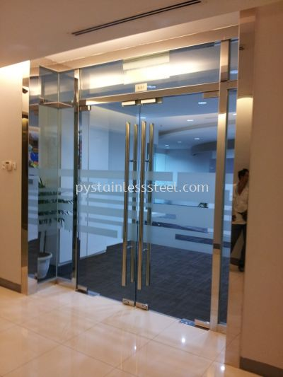 Stainless Steel Door With Tempered Glass