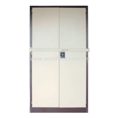 S118LB Full Height Cupboard with Steel Swinging Door & Locking Bar C/W 3 Adjustable Shelves
