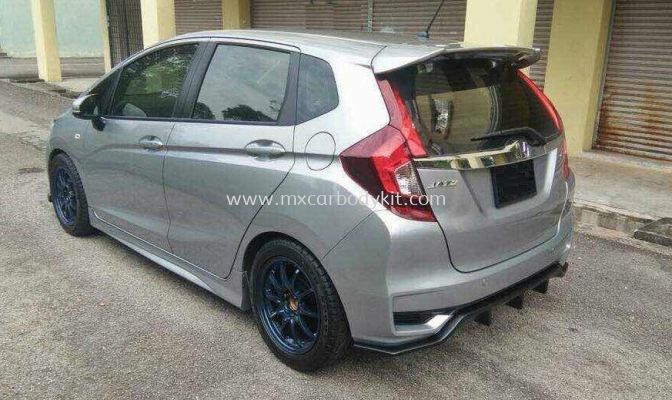 HONDA JAZZ 2014 - 2018 V2 REAR DIFFUSER