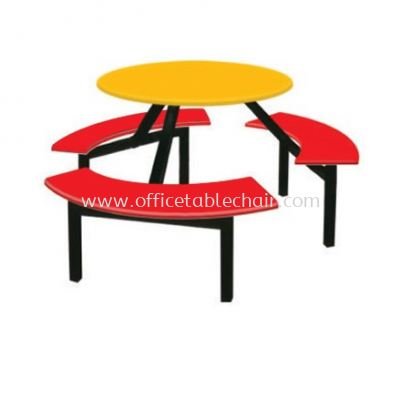 6 SEATER ROUND FIBREGLASS WITH BENCH CURVE
