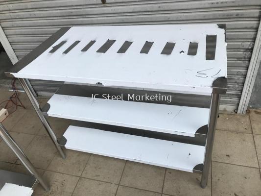 Stainless Steel 3 tier worktable