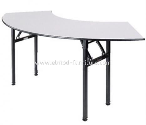 Foldable Crescent Banquet Table