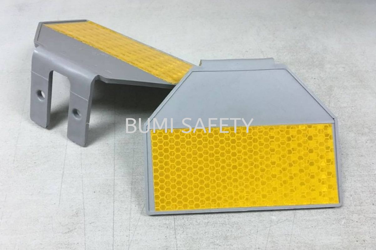 Plastic Y Delineator Traffic Control Safety Vest / Traffic Control Selangor, Kuala Lumpur (KL), Puchong, Malaysia Supplier, Suppliers, Supply, Supplies | Bumi Nilam Safety Sdn Bhd