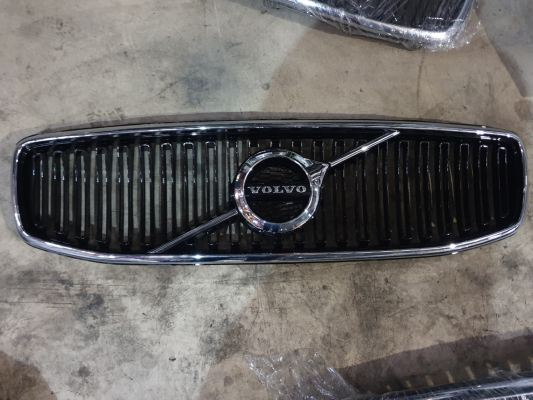 VOLVO XC60 GRILL 2014