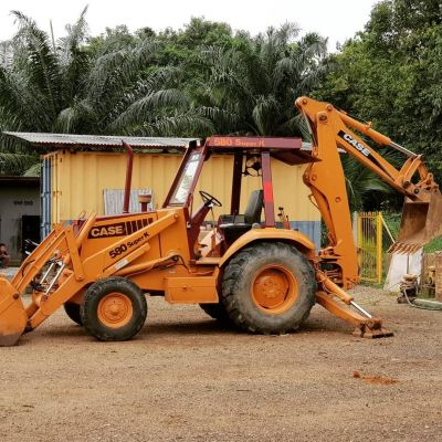 Backhoe loader Excavator rental
