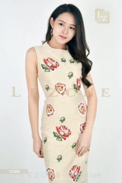 12369 PLUS SIZE EMBROIDERED MIDI FLORAL DRESS【2 FOR RM149】