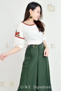 18223 PLUS SIZE SLEEVE EMBROIDERED BLOUSE【BUY 2 FREE 3】