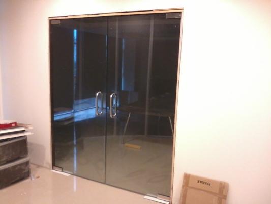 Commercial Tempered Glass Door