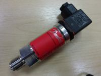 DANFOSS AKS 32AND AKS 33 PRESSURE TRANSMITTER