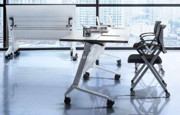 Heavy Duty Folding table with castor n modesty panel