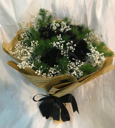 Black Roses Bouquet (HB-746)