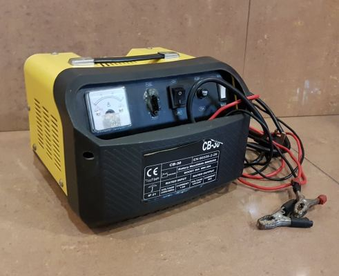 used CB-30 Battery Charger 600W 30/18A  ID999489