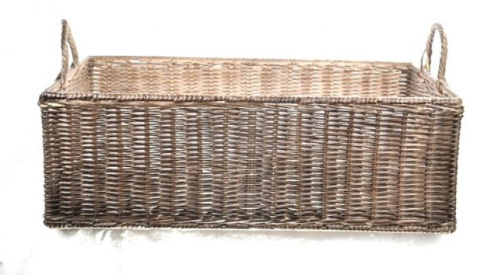 Rattan Short with handle