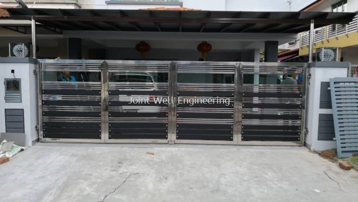 Steel Design Main Gate
