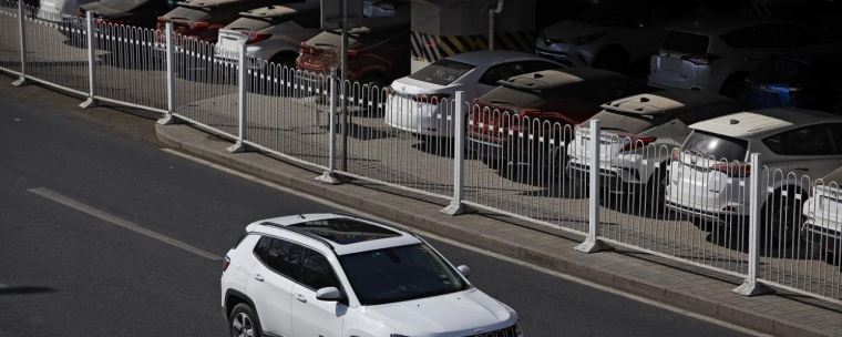 China's Auto Sales Contraction Worsens in February