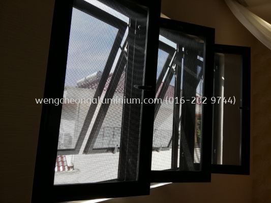 Aluminium Netting Multipoint Casement Window With Multipoint Top Hung Window