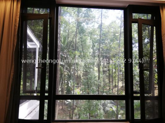 Aluminium Fixed Panel With Multipoint Netting Casement Window With Multipoint Top Hung Window