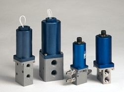 SV Series 2- and 3-way Solenoid Valves for Gas and Liquid