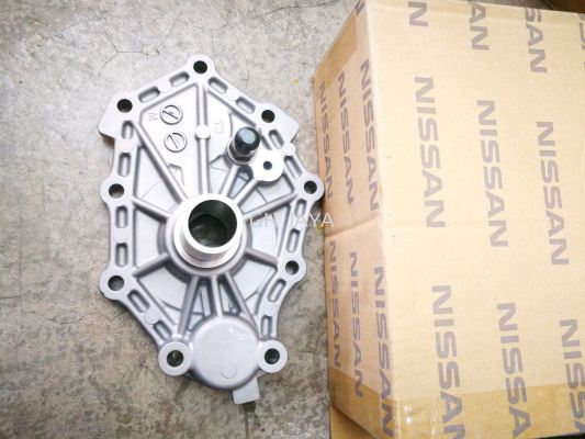 NS FRONTIER D22 D40T CLUTCH SHAFT HOURSING