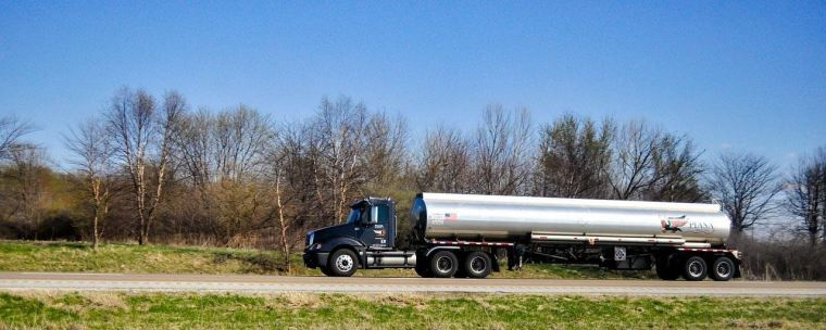 Everything You Need to Know About the Logistics of Bulk Chemical Transportation