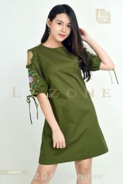 176076 PLUS SIZE EMBROIDERED SLEEVE DRESS 【BUY 2 FREE 3】