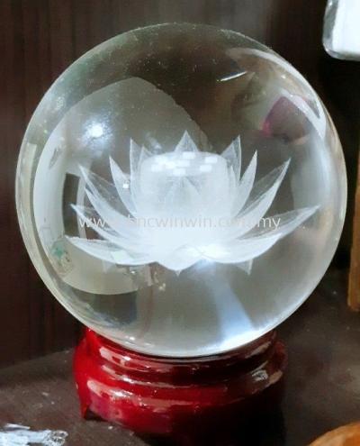 莲花水晶球