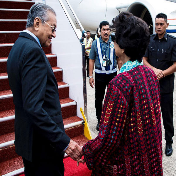 Tun Dr. M went to Beijing to participate in the Belt and Road Forum M'sia News