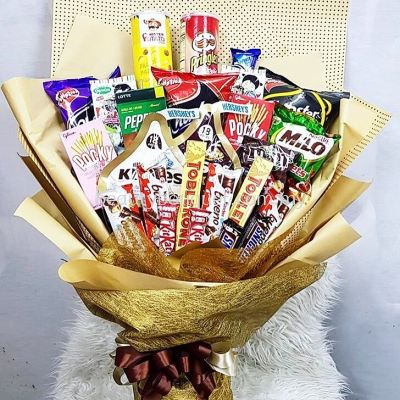 CS 0010 Choco & Snack Bouquet