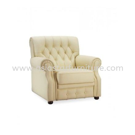 GRAND CLASSIC ONE SEATER SOFA