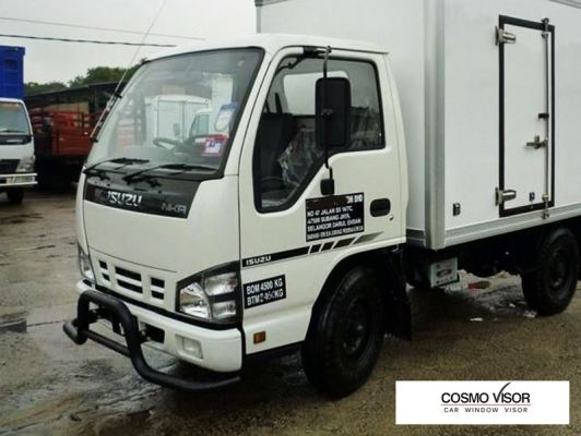 ISUZU NKR / NPR / NQR / GRAFTER - LORRY /TRUCK (WITH MIRROR BRACKET) = DOOR VISOR