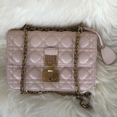 Dior Addict Medium Crossbody/Shoulder Bag in Powder Pink