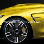 BMW F32 M4 FENDER WITH SIDE LAMP