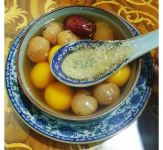 Bird Nest Glutinous Rice Balls w/ Red Dates and Longan (only on weekends)