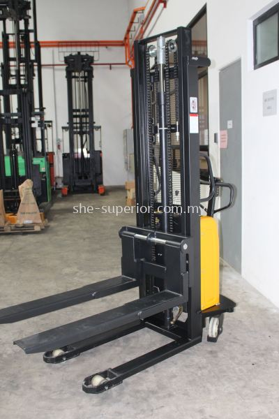 Fully Power Stacker Capacity 1 Ton / 3M Lifting Height