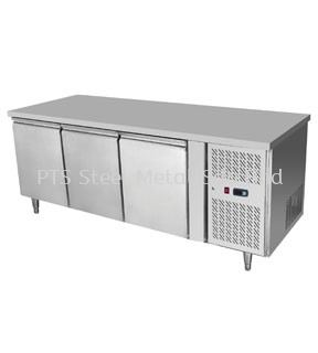3 DOOR COUNTER CHILLER