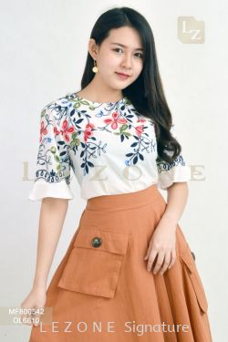 MF800542 LEANN EMBROIDERED FLORAL BLOUSE 【BUY 2 FREE 3】