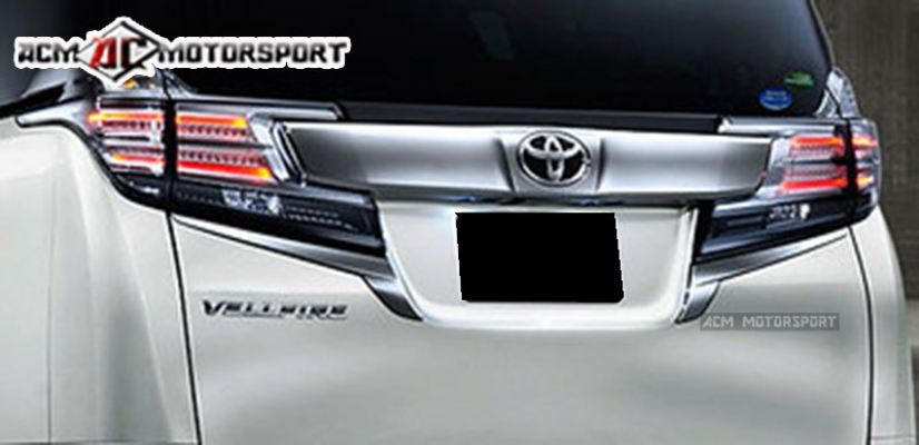 Toyota Vellfire ANH30 Back door garnish