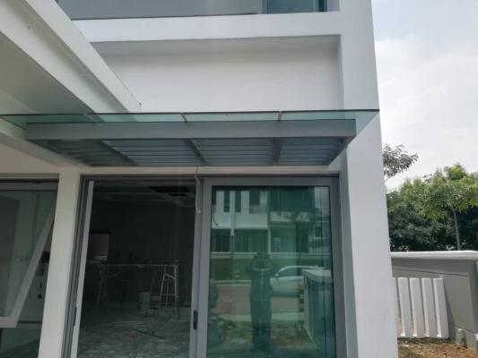 GLASS ROOF 103