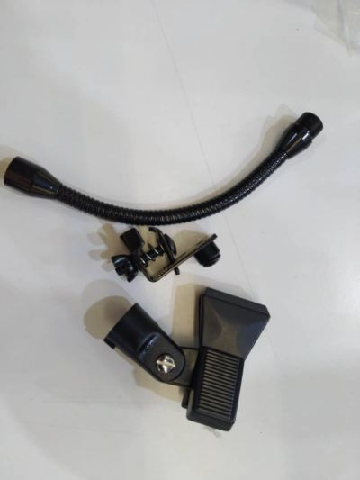Lazer microphone clip with gooseneck