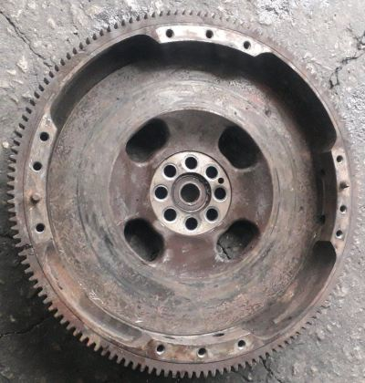 ISUZU FSR 4HK1 FLYWHEEL 14 INC CLUTCH