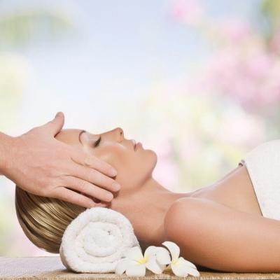 Aroma Massage + Scalp Treatment