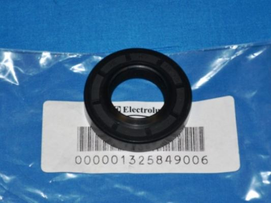 Code: 32138 Electrolux Oil Seal