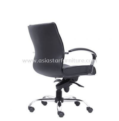 BRAMPTON DIRECTOR LOW BACK CHAIR C/W CHROME METAL BASE