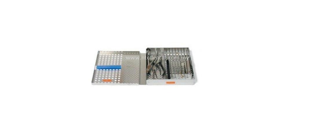 "Cassette WV 8/8 (8 Instruments) Measures 8""x7 1/8""x1 1/4""  #AEOVSWV8/8"