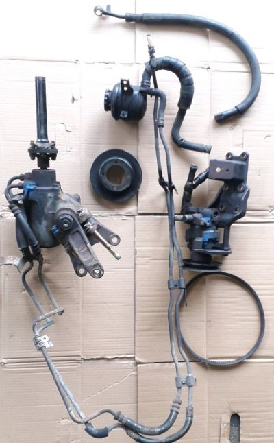 TOYOTA DYNA LY100 POWER STEERING SET