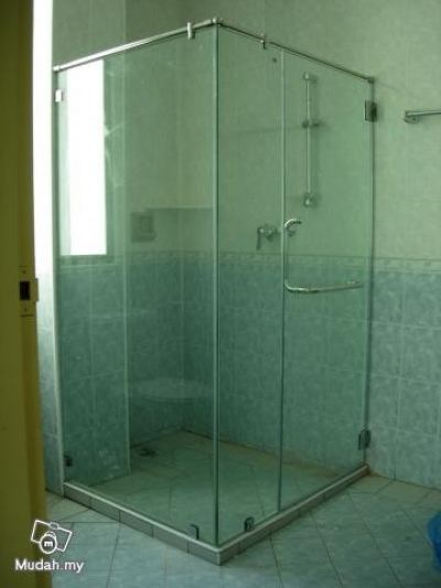 SHOWER SCREEN 28