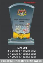 IGM 091 CRYSTAL PLAQUE