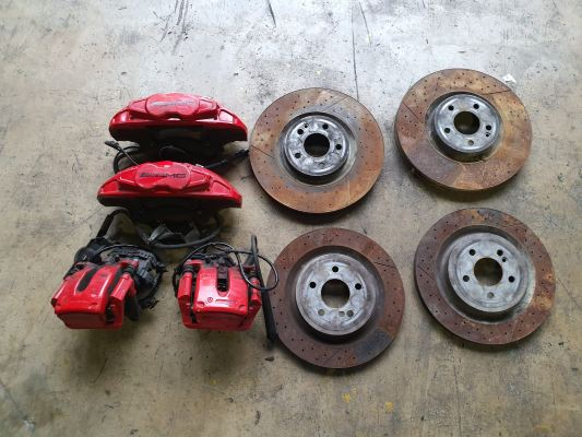 BENZ A176 AMG BRAKE CALIPER + DISC SET